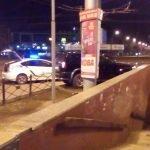 На 95 квартале в Кривом Роге девушка на внедорожнике «влетела» в подземный переход