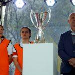 До Дніпра вперше привезли кубки Ліги чемпіонів УЄФА