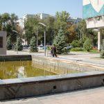 Дніпровські комунальники розповіли, як доглядають за фонтанами