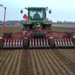 Аграрії Дніпропетровщини завершили сіяти озимі