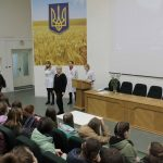 У дніпровській лікарні №9 провели традиційний урок здоров'я для підлітків