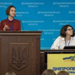 У Дніпрі відкрився міжнародний дебатний турнір серед школярів