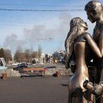 У Кам'янському з'явилась нова скульптура